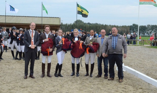 De Hoge Devel winnaar Herfstmeeting 2014 Kring 5